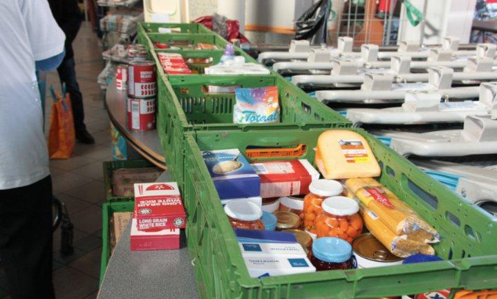 Voedselbank gaat op zoek naar de mensen die hun voedselpakket laten liggen