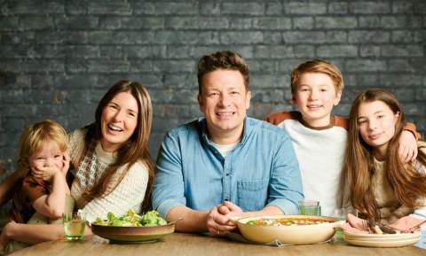 Ontsnapt-uit-lab-theorie afgeserveerd en Jamie Oliver denkt anders door pandemie