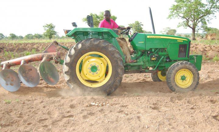 Uber voor tractors helpt Nigeria naar zelfvoorzienende landbouw