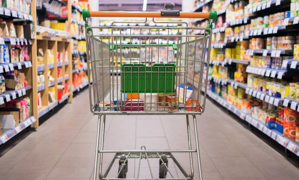 Britse minister prijst 'voedselhelden', faillissementen horeca uitgesteld