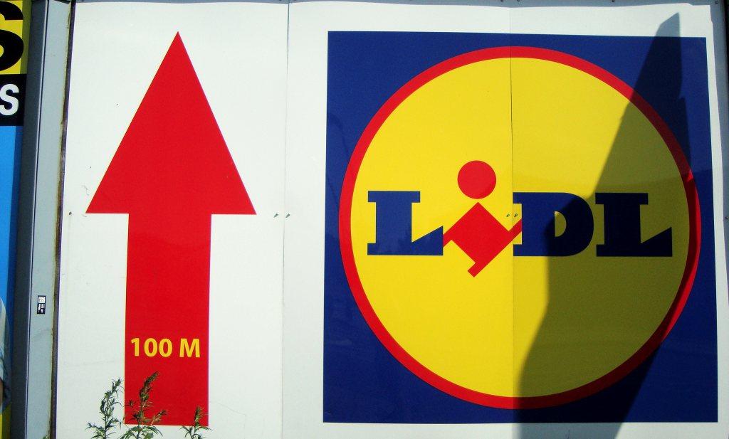 Ouder ontslagen personeel Carrefour mogelijk niet fit genoeg voor werk bij Lidl