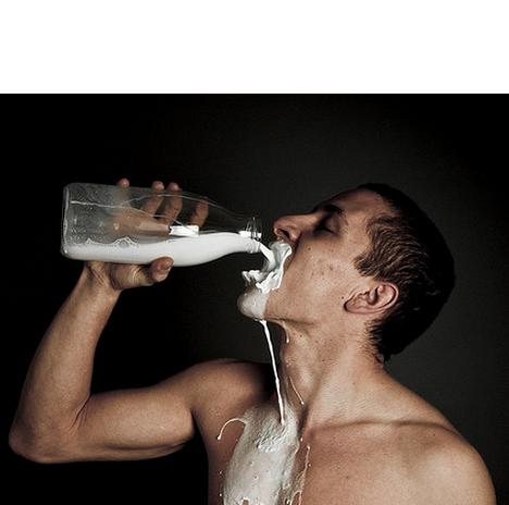 Melk mogelijk gevaarlijk voor mannen