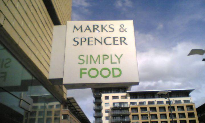 Marks & Spencer ruilt kleding in voor 'Simply Food'