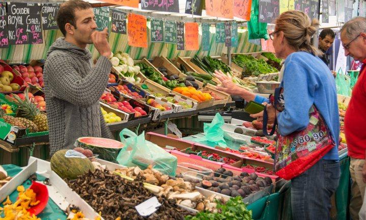 'Als jongeren nog naar de markt komen, is dat voor eten'