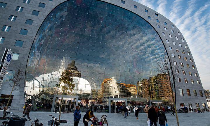 'Boer zoekt Rotterdammer' in de Markthal