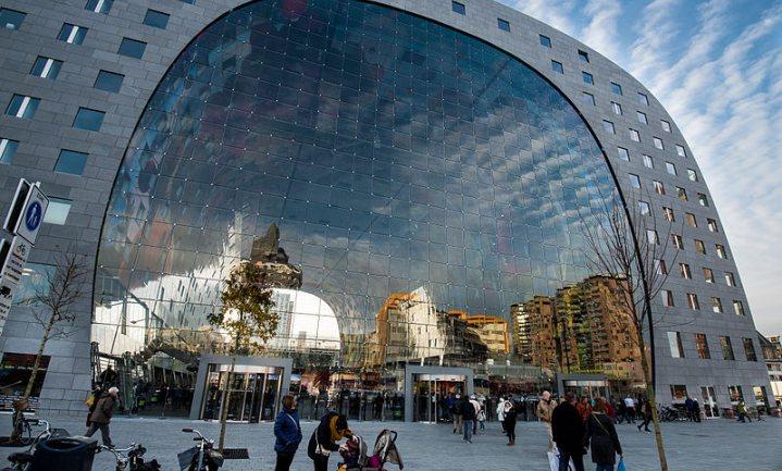 Markthal gaat zich meer richten op Rotterdammers en minder op toeristen