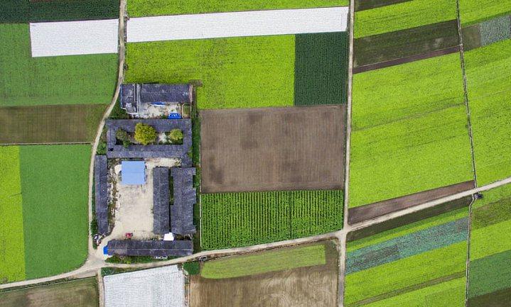 Leid je boeren op tot agrarisch ondernemer of tot natuurlijk rentmeester?