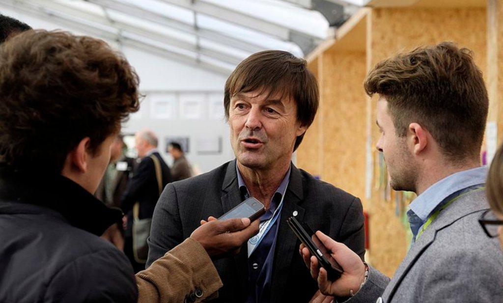 Franse milieuminister treedt af en brengt Macron in verlegenheid: 'ik wil niet meer liegen'