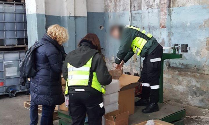 Europol nam voor meer dan €100 miljoen vervalste en onveilige levensmiddelen in beslag
