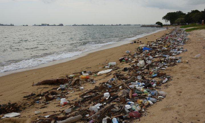 Nieuwe staat op plastic eilanden