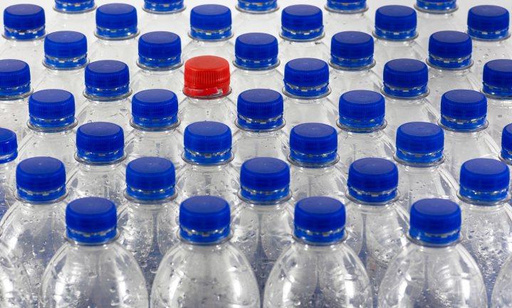 'We kopen dagelijks ongeveer een halve Eiffeltoren aan plastic flessen'