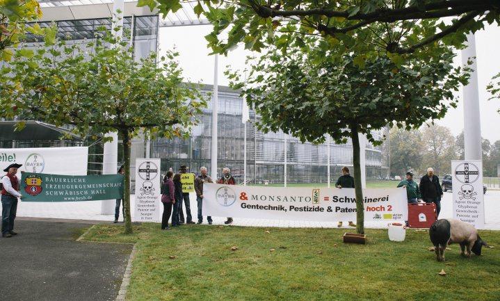 Fusie Bayer-Monsanto loopt vertraging op door 'diepgaand onderzoek' van EC