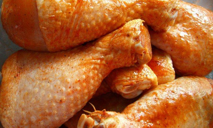 Gesjoemel met kip schokt Groot-Brittannië