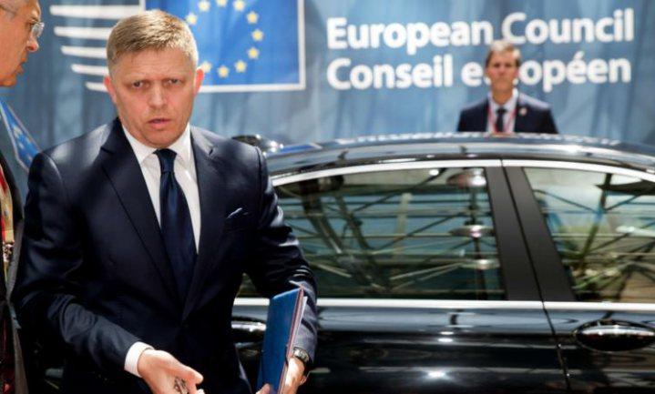 EU-voorzitter wil sancties tegen Poetin opheffen, Koenders boos
