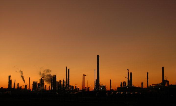 'Groene' fabriek voor ethanol, zuivere CO2 en veevoer uit mais