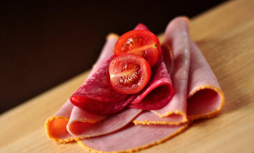 Belgische voedselautoriteit roept producten van met salmonella besmet Nederlands vlees terug