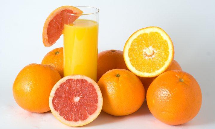 Sinaasappelsap is níet gezonder dan een sinaasappel, maar claims doen lijken van wel