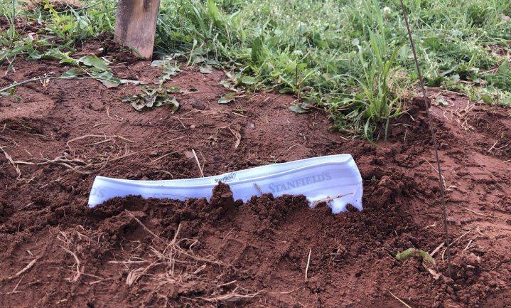 Test je tuin of akker en begraaf je onderbroek!