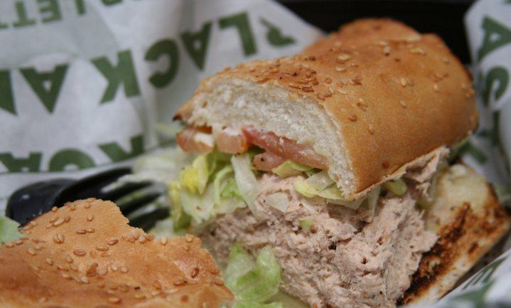 Uitspraak in Subway's tonijn-zaak laat de vis in het midden