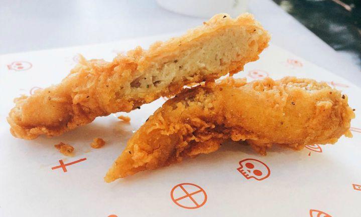 Veganistische 'fried chicken shop' opent in Londen
