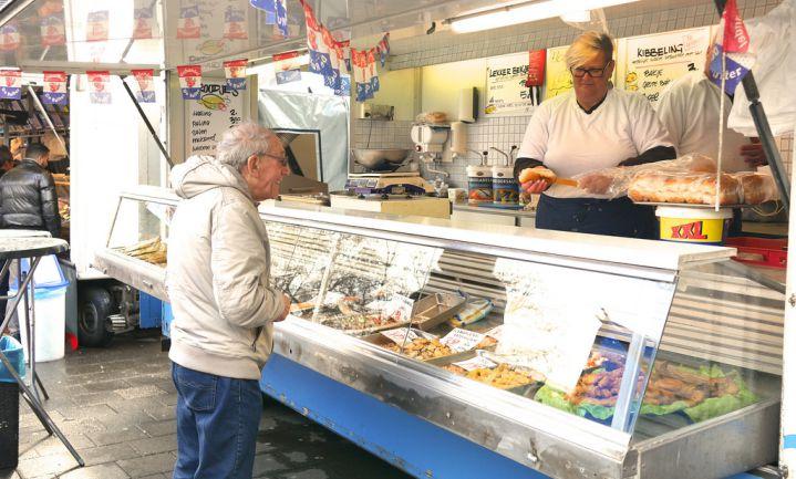 Spakensburgs familiebedrijf investeert in duurzame visrokerij