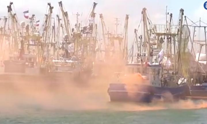 Malieveld aan de Afsluitdijk: vissers vechten voor hun manier van leven