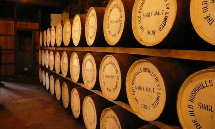 Laat goedkoop duur smaken: doe-het-zelf plofwhisky