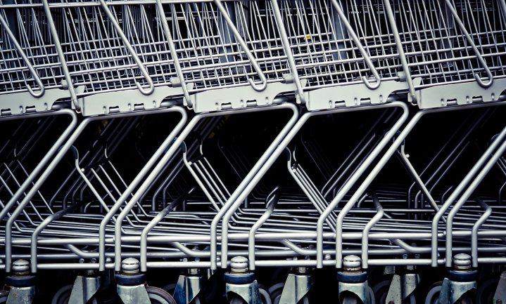 Verrassings-supermarktoorlog laait op in Frankrijk